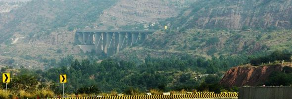 800px-highest_pillared_bridge_in_asia_m2_pak